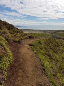 trail to and from the cleft